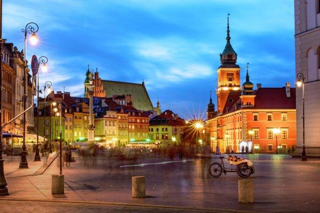 Warszawa-w-liczbach-galeria